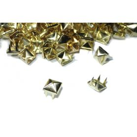 Szögletes szegecs -Arany -8mm