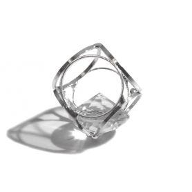 Strassz kristály kockában